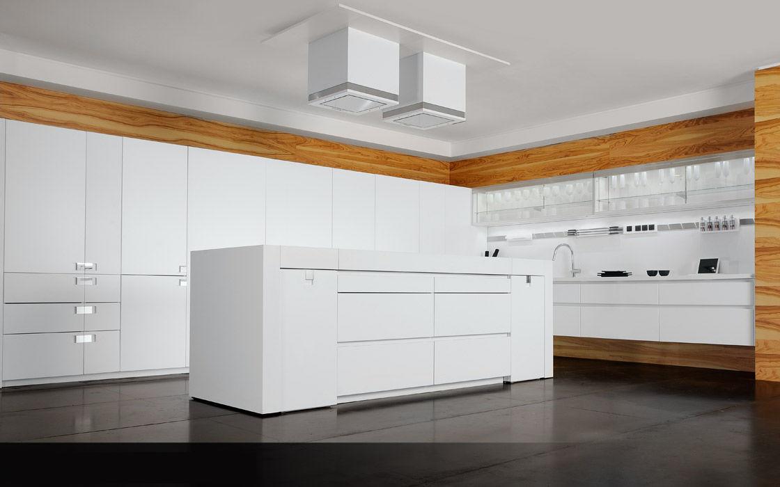 Cucina moderna / impiallacciata in legno / con isola / opaca ...