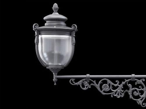 Applique classica da esterno in alluminio lanterna castore