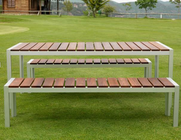Panca Con Tavolo Da Giardino : Set tavolo e panca moderno da giardino per uso residenziale