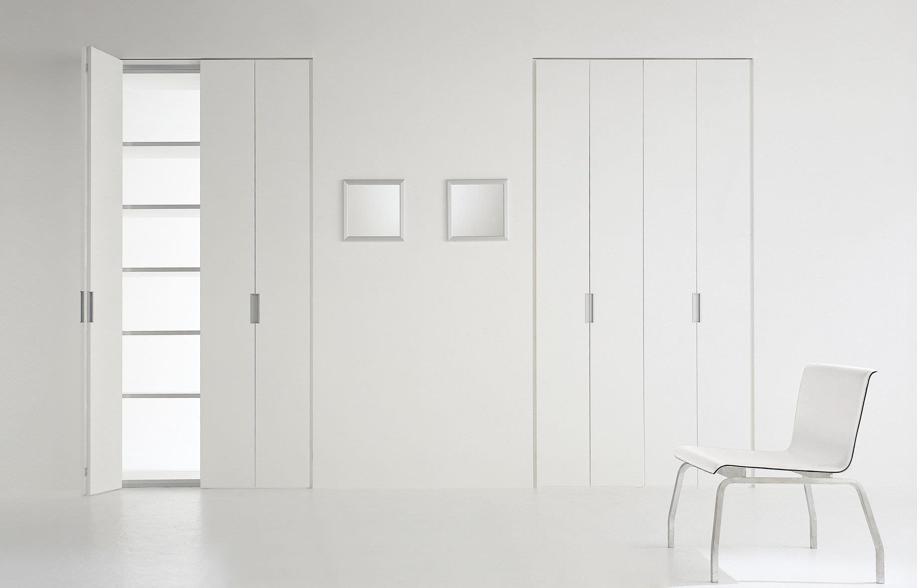 Porta da interni / a libro / in legno / laccata - CLICK by UTR ...