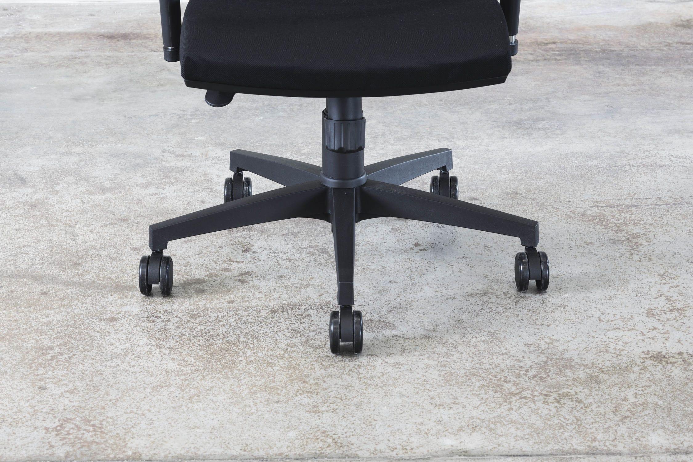 Poltrona da ufficio moderna in tessuto con rotelle con