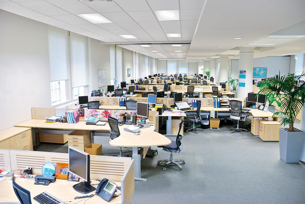 Luce da incasso a soffitto led quadrata per ufficio comfort