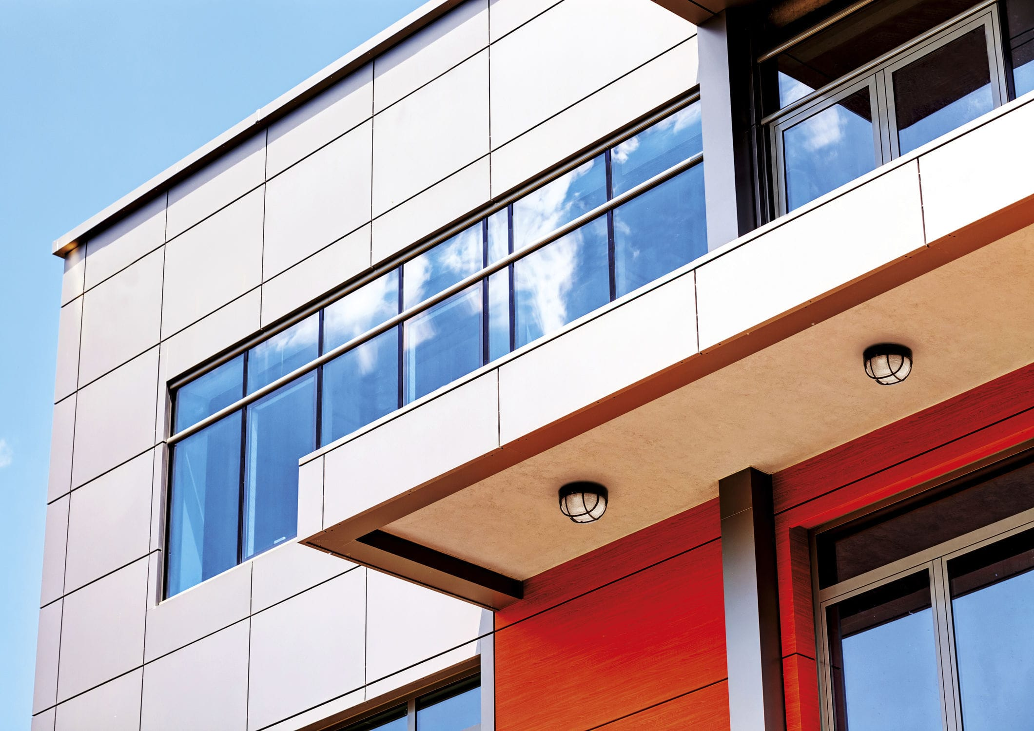 Plafoniere Da Esterno In Alluminio : Applique moderna da esterno in alluminio vetro