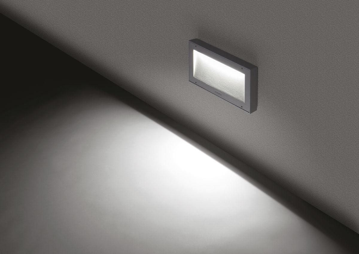 Plafoniera Da Esterno Lombardo : Applique moderna da esterno in alluminio led koi 220 by