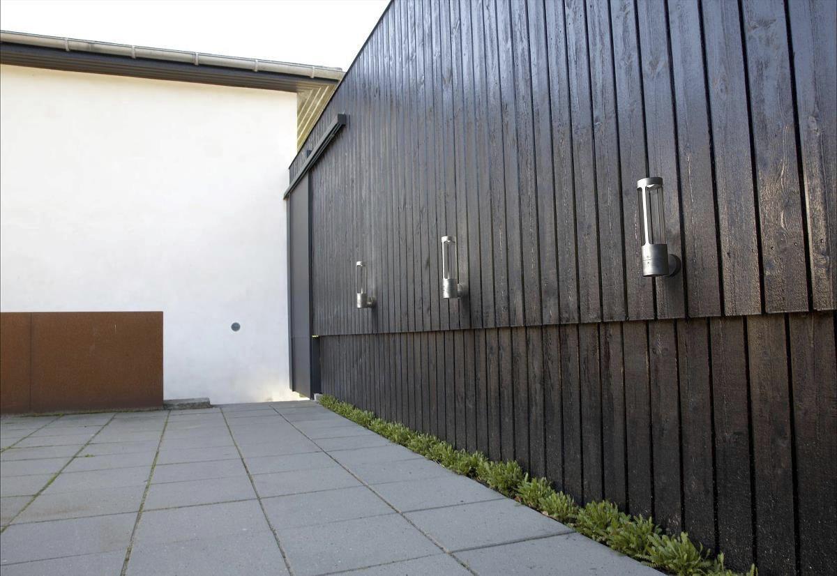 Applique in stile industriale da esterno in corten led