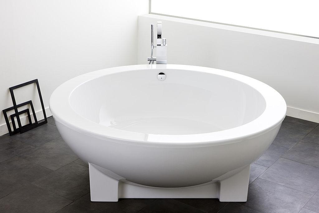 Hoesch Vasche Da Bagno Prezzi : Vasca da bagno da appoggio tonda in acrilico dreamscape