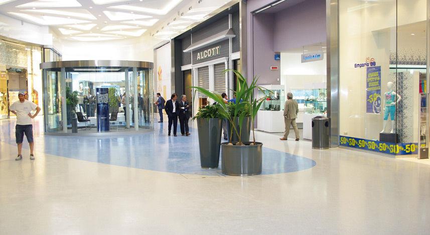 Pavimento in resina / professionale / per hotel / per aeroporto ...