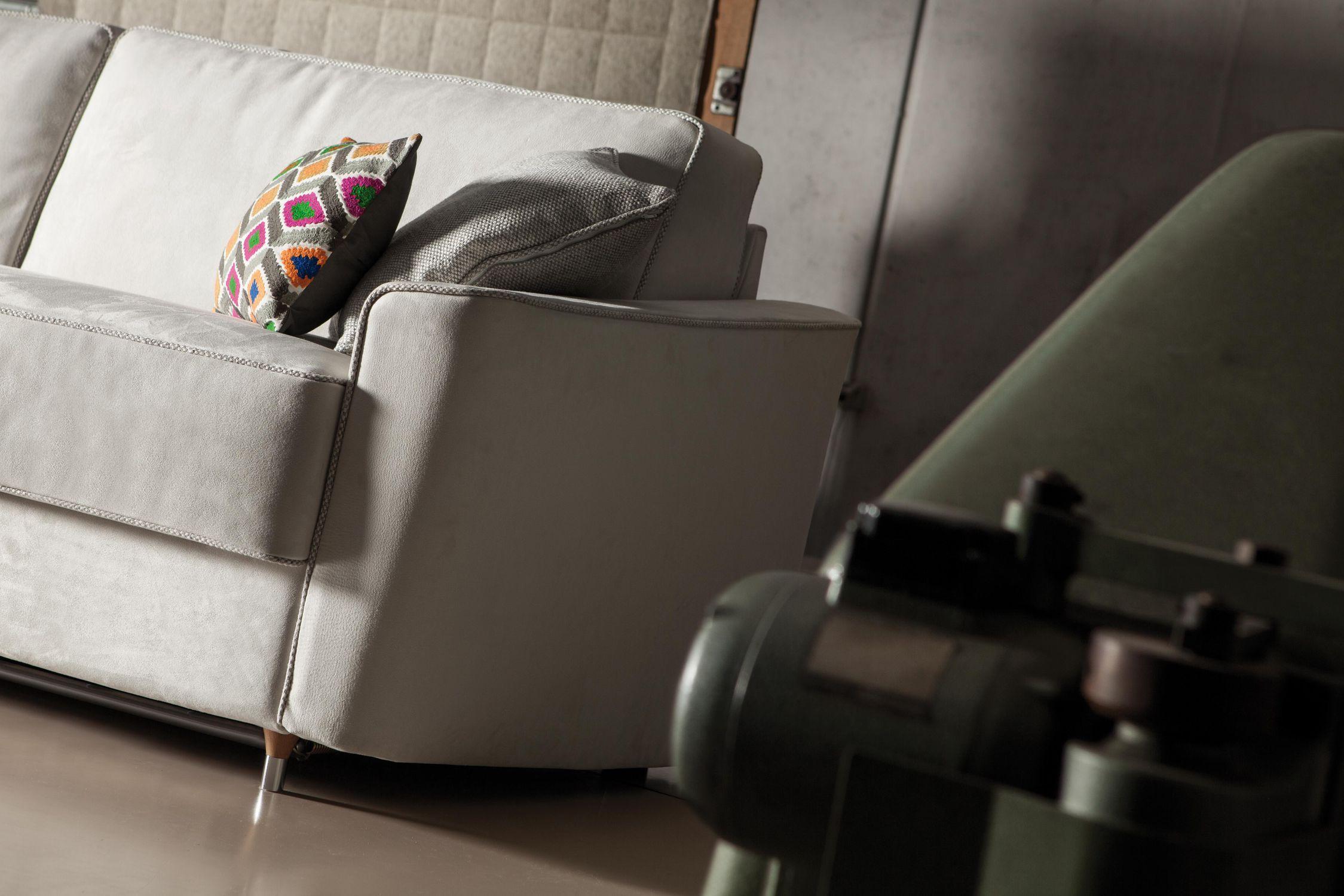 Divano Letto Curvo : Divano letto moderno in tessuto 2 posti petrucciani milano