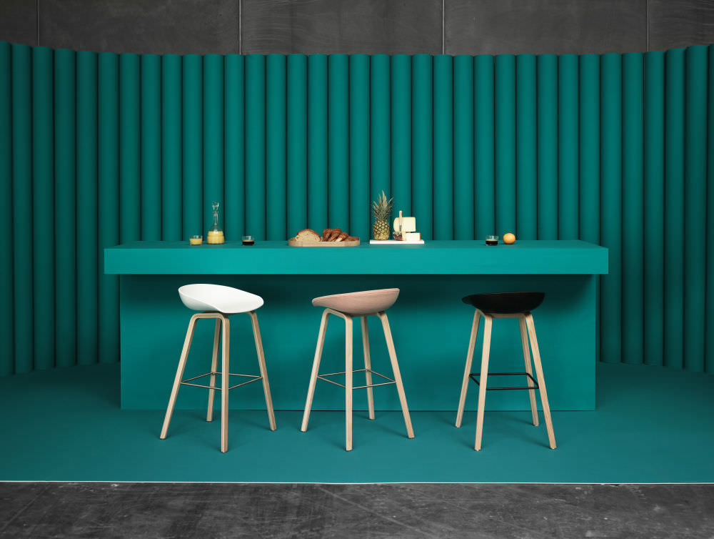 Sgabello da bar moderno in legno aas aas by hee welling