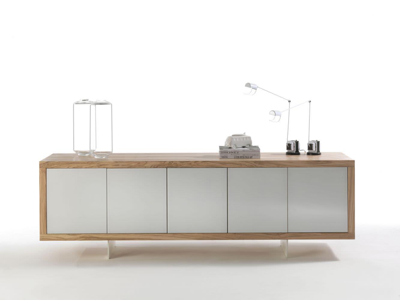 Credenza Moderna Vetro : Credenza moderna in legno vetro laccato metallo