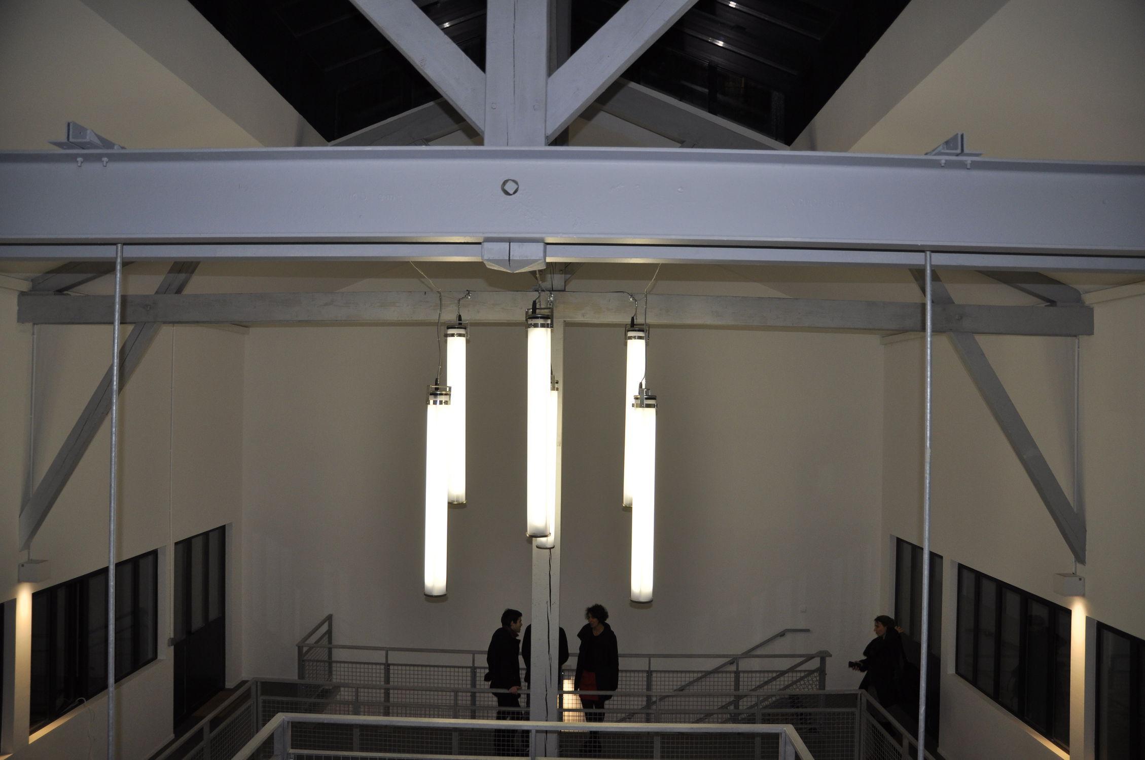 Lampada Tubolare Fluorescente : Luce a sospensione a lampada fluorescente tubolare in