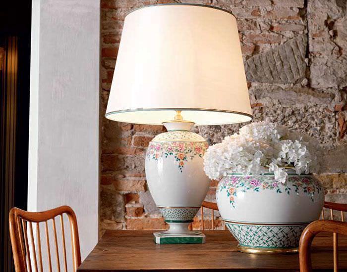 Lampada da tavolo / classica / in tessuto / in porcellana - ROSE ...