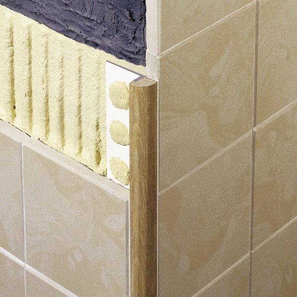 Profilo di finitura in legno per piastrelle angolare tondo