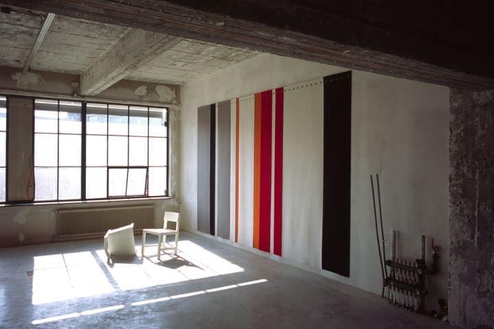 Dipingere Pareti Strisce Verticali : Pareti a righe verticali beautiful soluzioni uca righeud per le