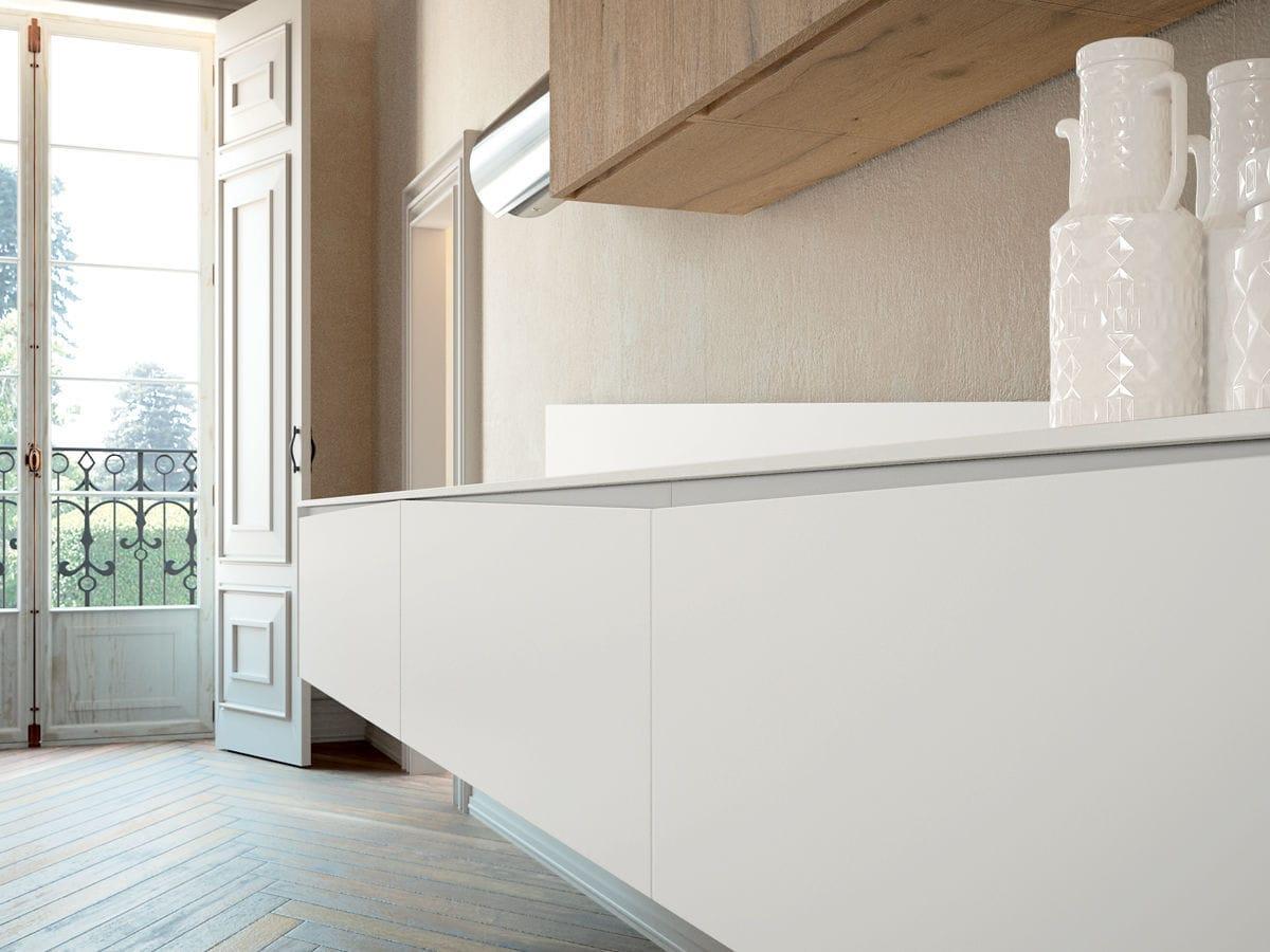 cucina moderna in legno con isola laccata signum flag lineaquattro