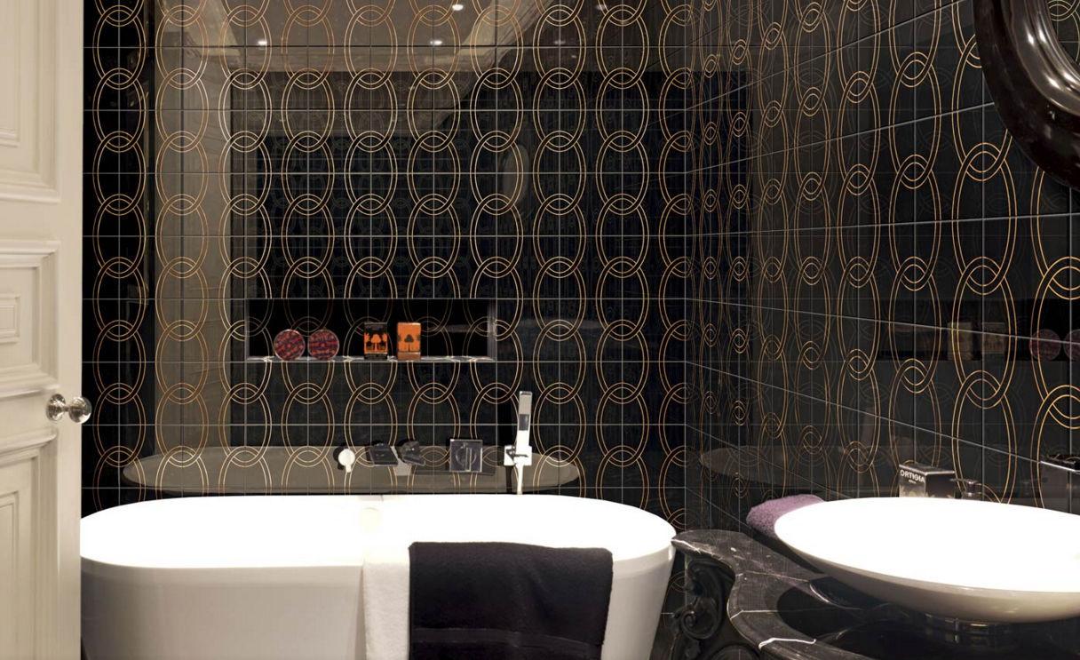 Piastrella da bagno da parete in ceramica motivo geometrico