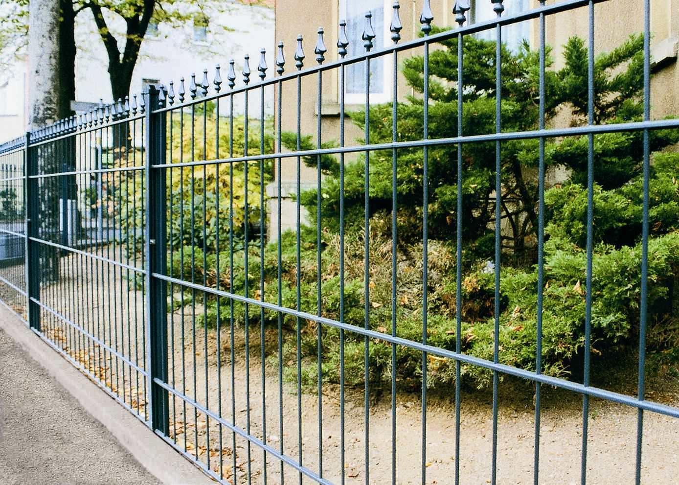 Recinzione da giardino a sbarre in metallo arte jacot des