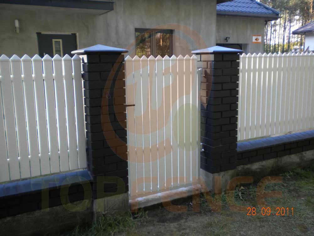 Steccato Per Giardino In Pvc : Recinzione da giardino a sbarre in pvc traditional simple