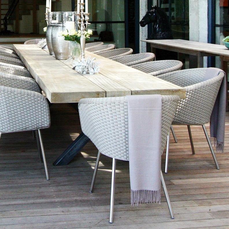Sedia da pranzo moderna con braccioli in resina intrecciata in