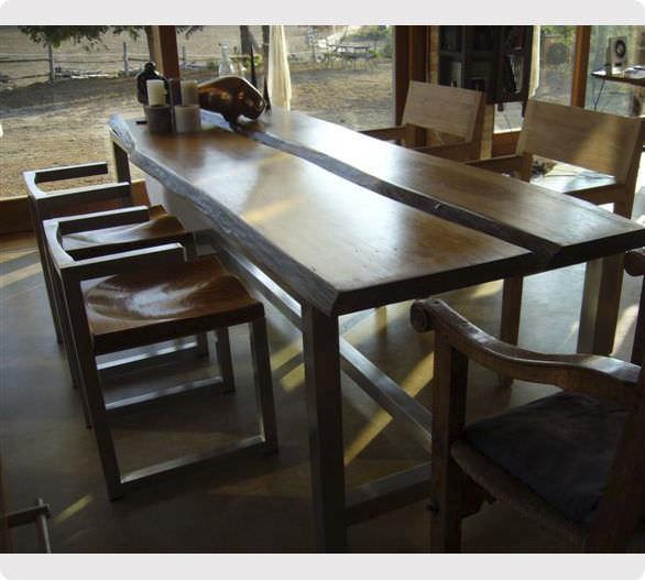 Tavolo da pranzo / da interno / design originale / in legno ...