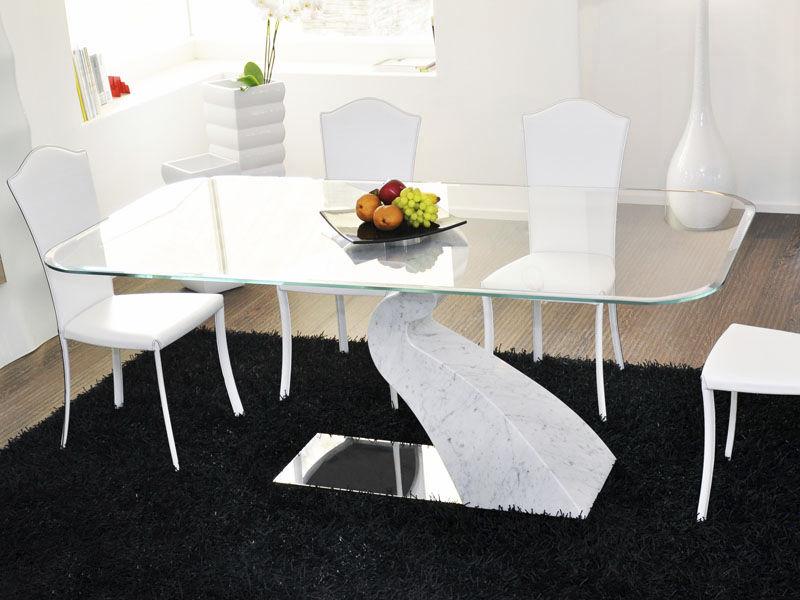 Tavolo da pranzo design originale in marmo in vetro temprato