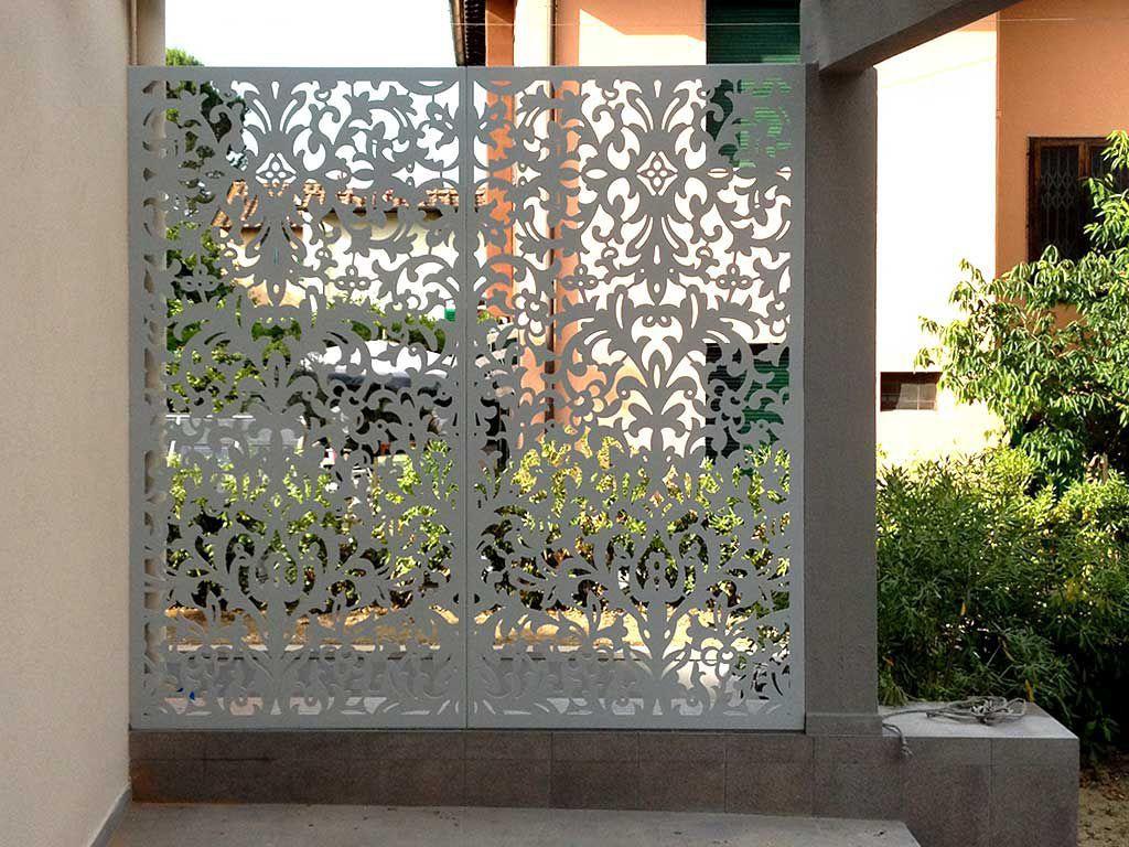 schermatura in alluminio da giardino per terrazza su misura