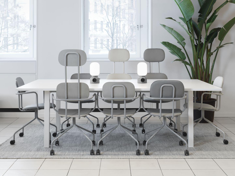 Sedie A Rotelle Schienale Alto : Sedia da conferenza moderno con rotelle a schienale alto