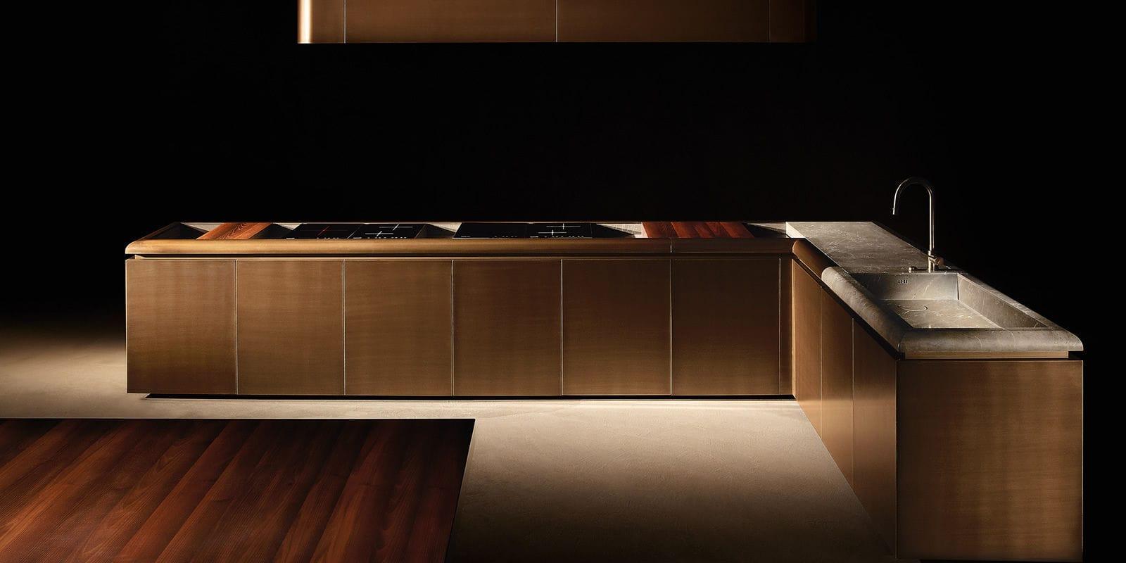 Cucina moderna / in marmo / impiallacciata in legno / con isola ...