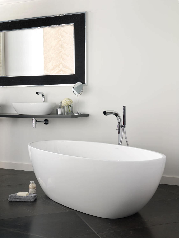vasca da bagno ad isola ovale in composito profonda barcelona victoria albert