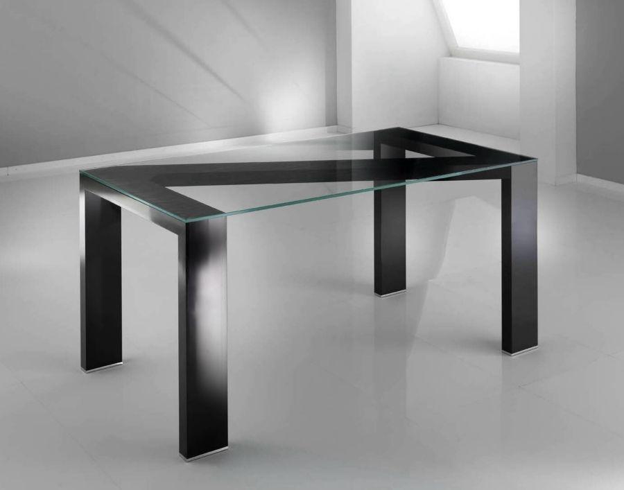 Tavolo in vetro nero | Terredelgentile