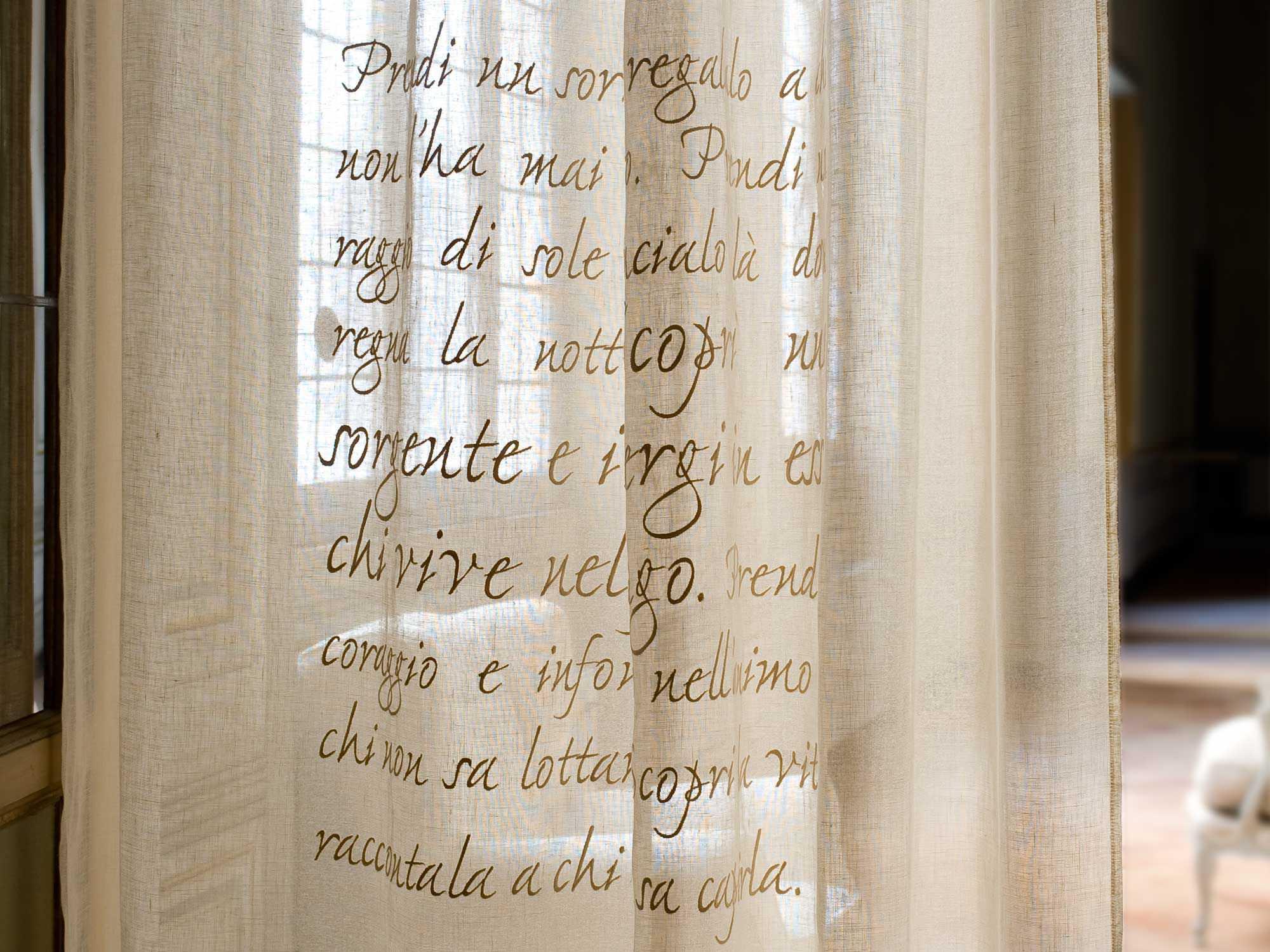 Tende Da Doccia In Tessuto Ikea : Tessuto per tende a motivi in lino gandhi mastro raphaËl