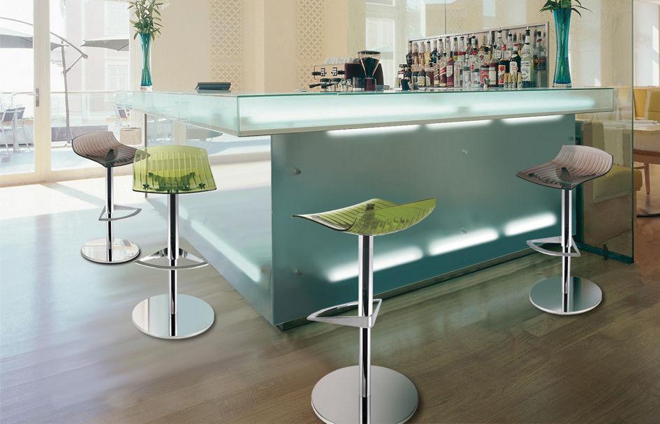 Sgabello da bar moderno in acciaio in policarbonato ad