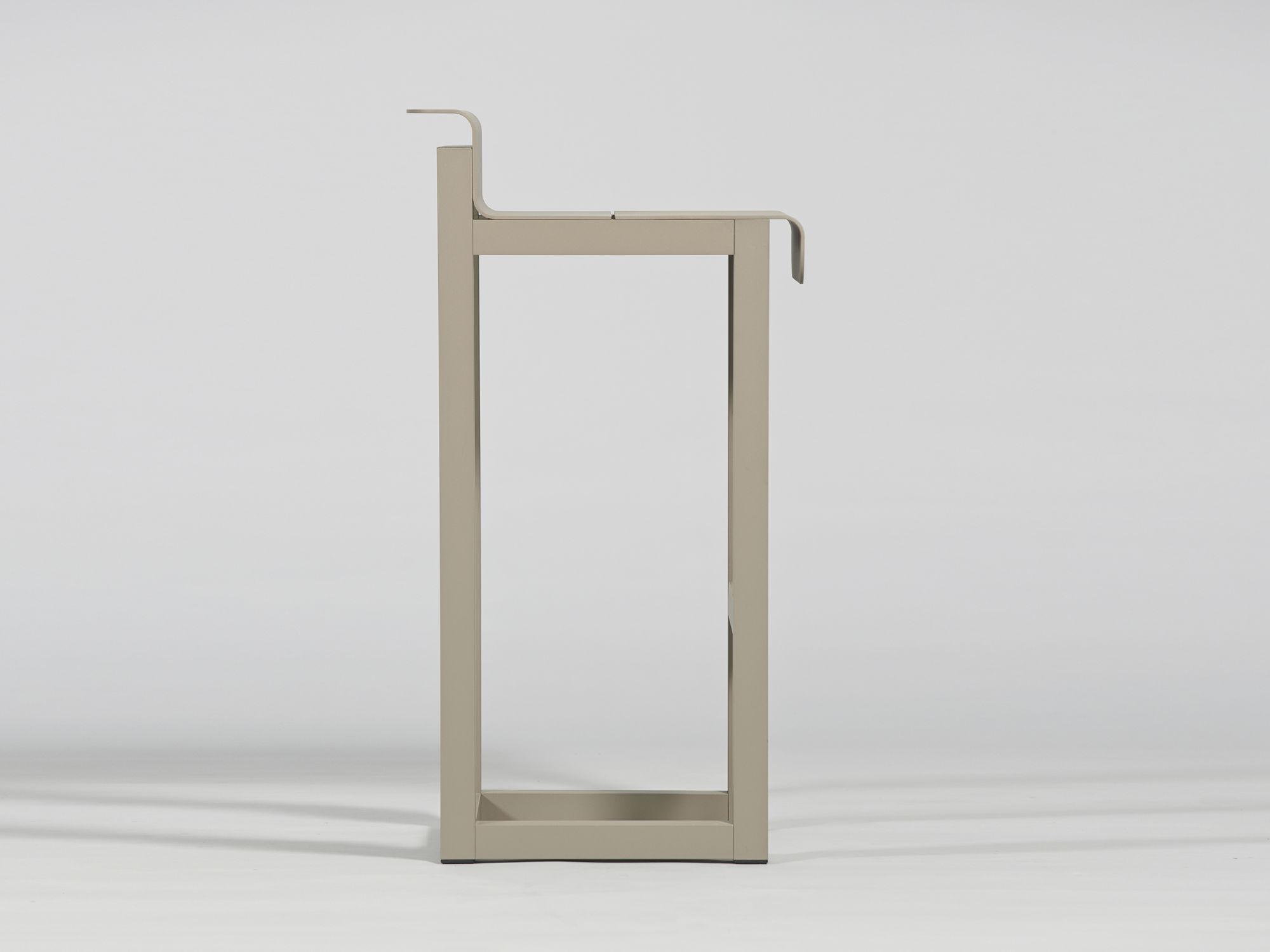Sgabelli da esterno usati: sgabello industriale usato: tecnobar snc