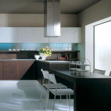 Cucina moderna / impiallacciata in legno / con isola   kappa ...