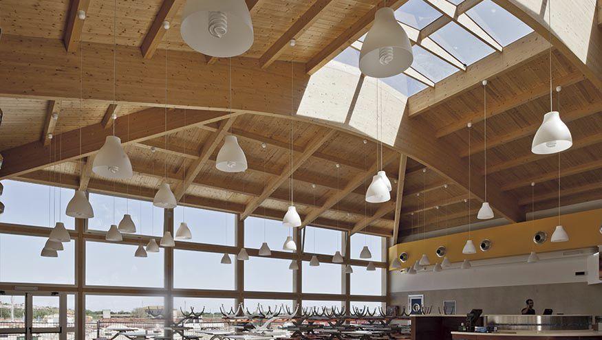 Trave in legno lamellare / a sezione simmetrica / da tetto ...
