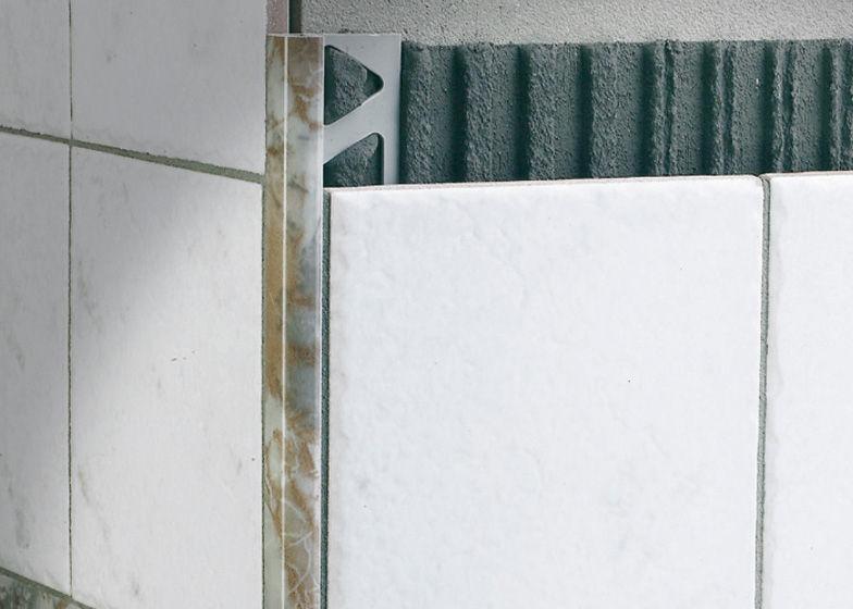 Profilo di finitura in resina per piastrelle angolare tondo