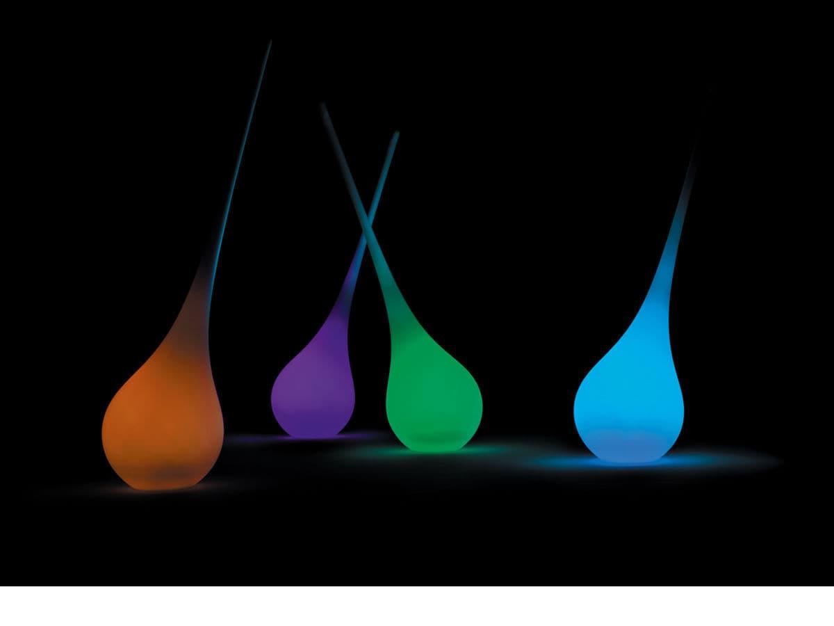 Lampade Da Esterno Plastica.Lampada Da Pavimento Design Originale In Plastica Da Esterno