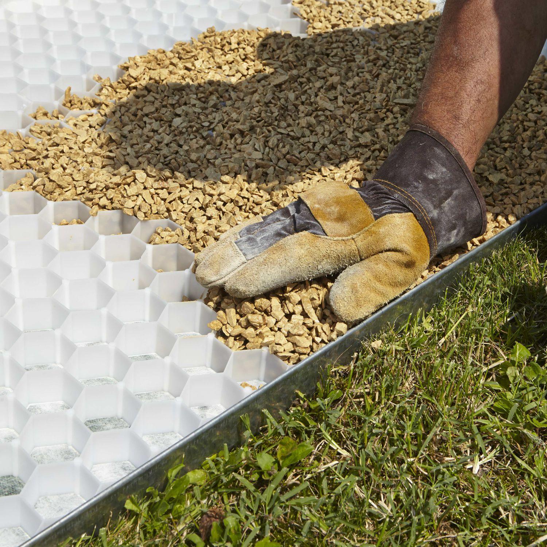 stabilizzatore di ghiaia - gravelfix - granulati zandobbio spa - video - Piccolo Giardino Con Ghiaia