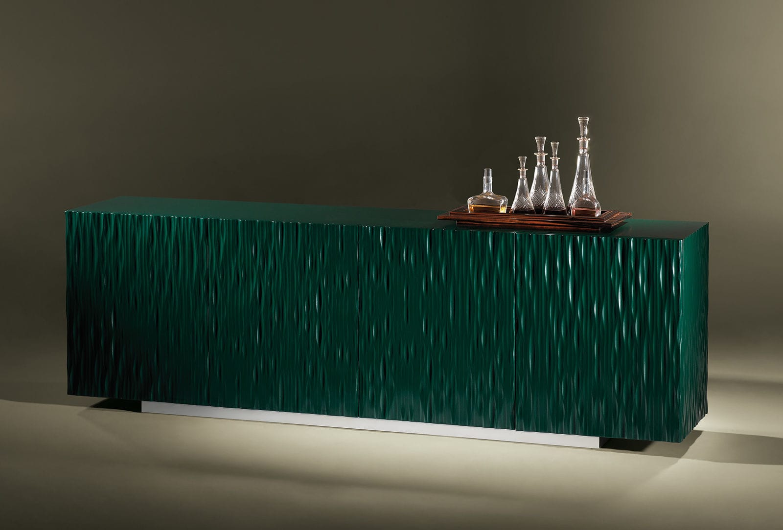 Credenza Moderna Verde : Credenza moderna in legno laccato blu verde moon luisa