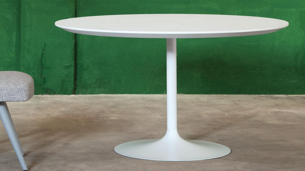 Tavolo Tulip Bianco : Tavolo da pranzo moderno in legno laccato tondo bianco