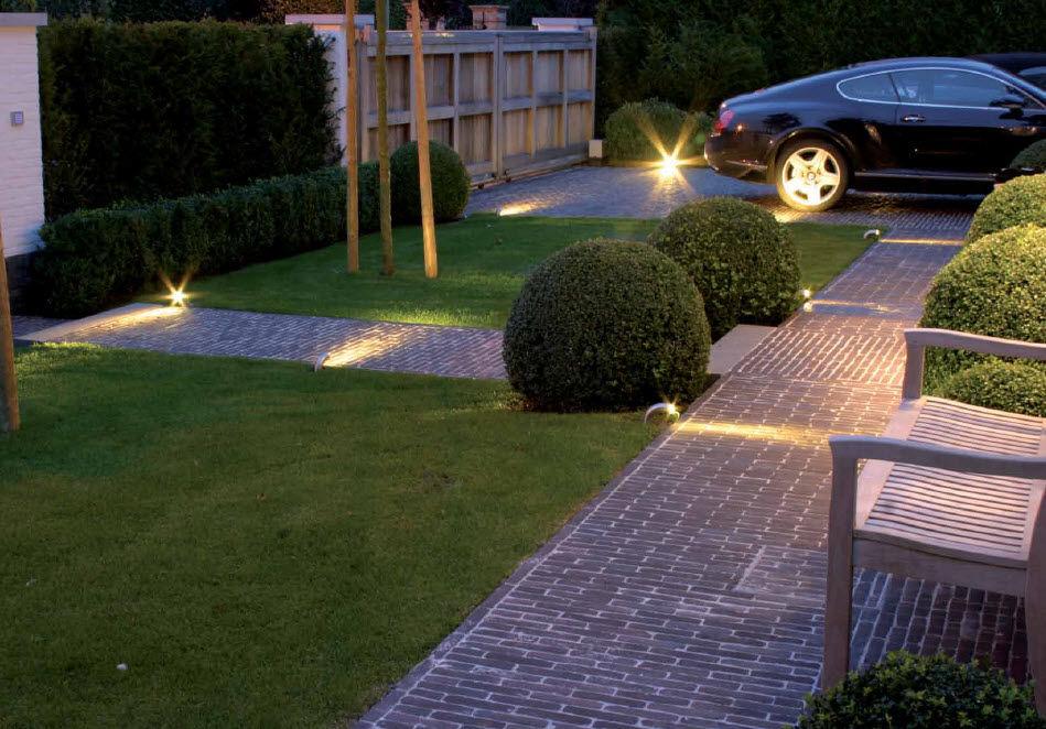 Lampioncino da giardino moderno in metallo led courbes out