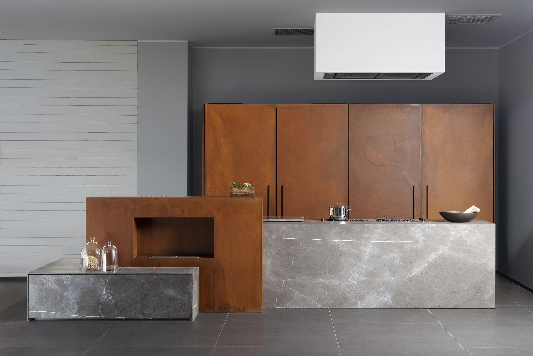 Cucina in pietra / in metallo / con isola - 201112#11_D90_PIETRA DI ...