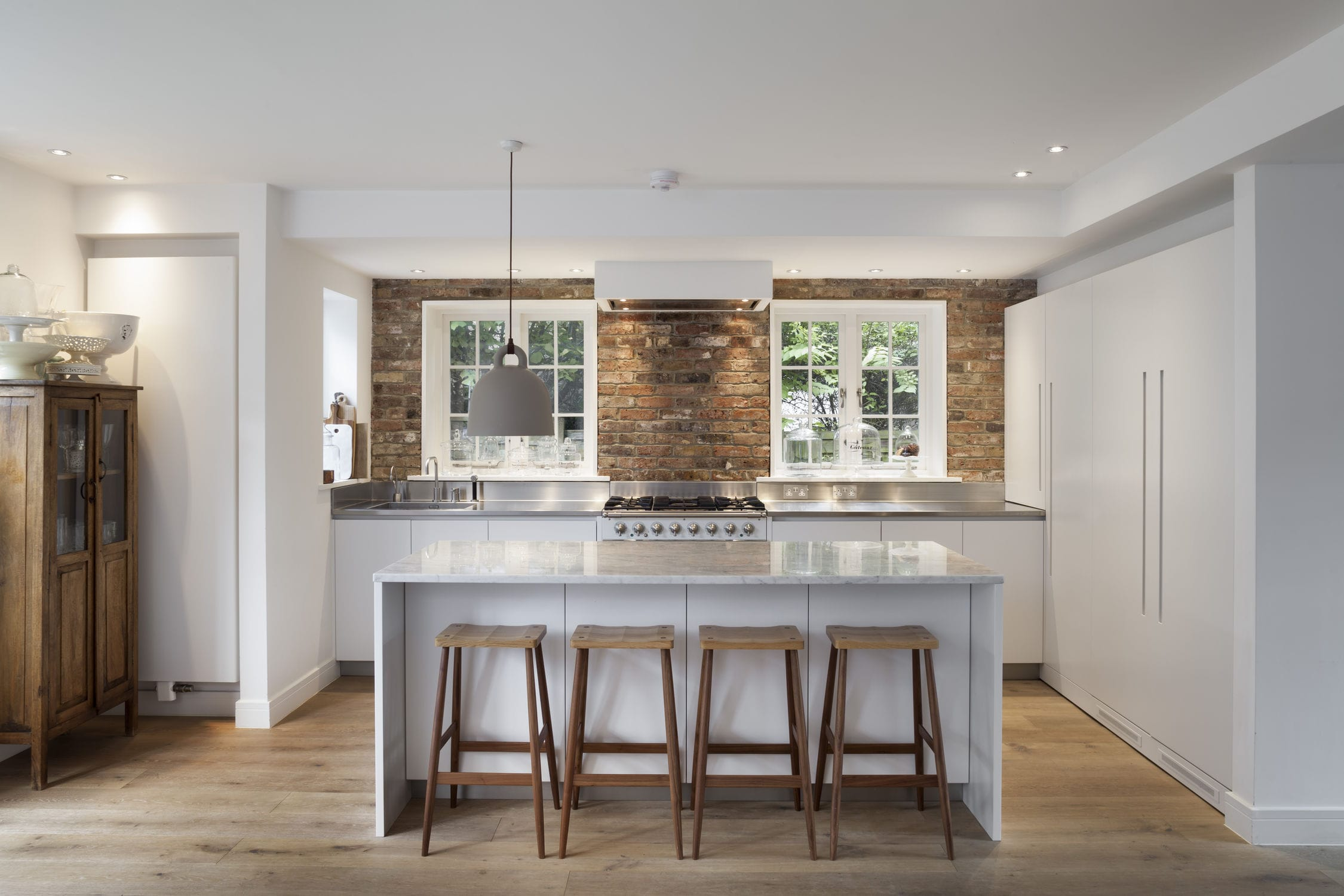 Cucina moderna / in pietra / con isola / senza maniglie - 201311 ...