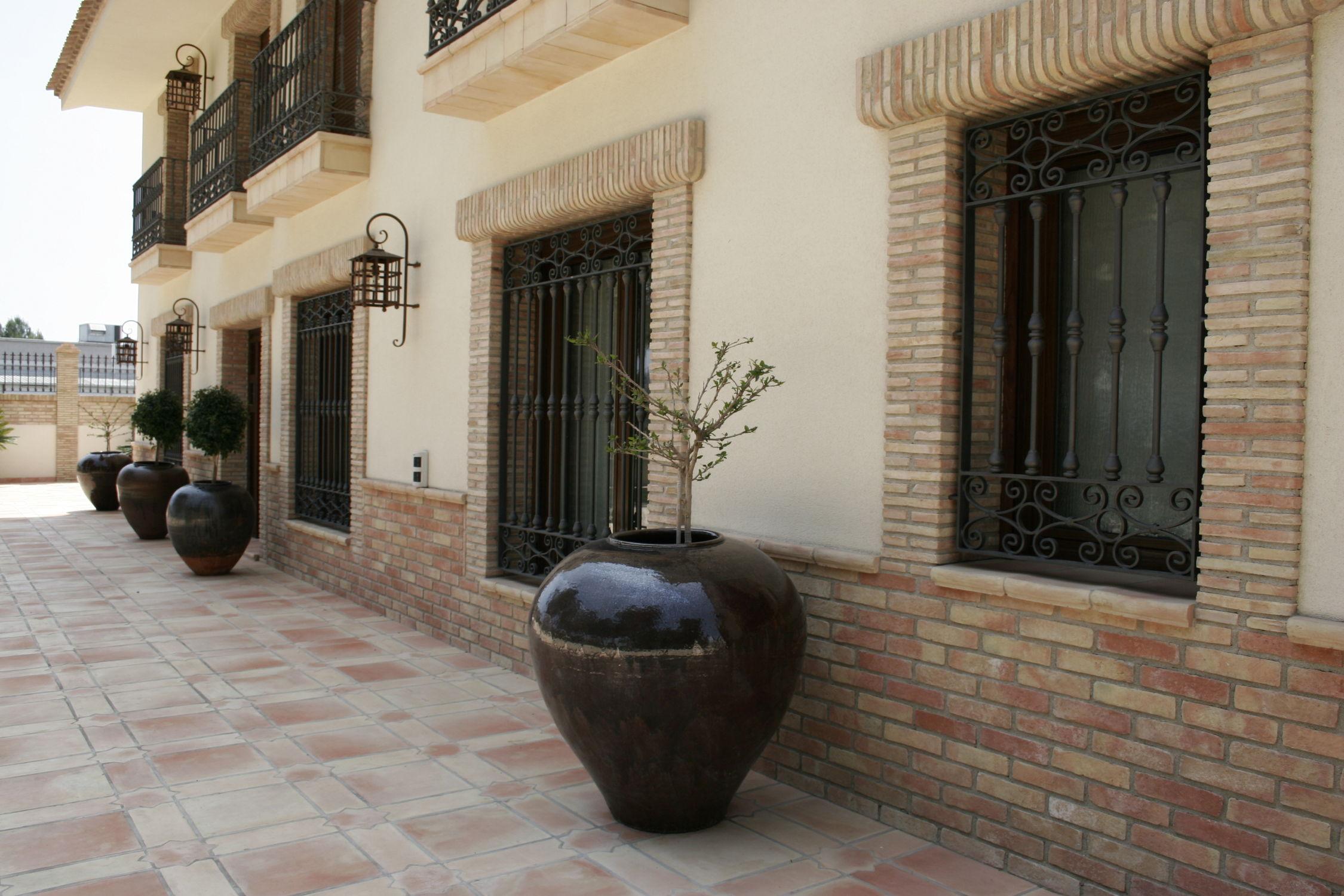 Piastrella da esterno per pavimento in terracotta opaca