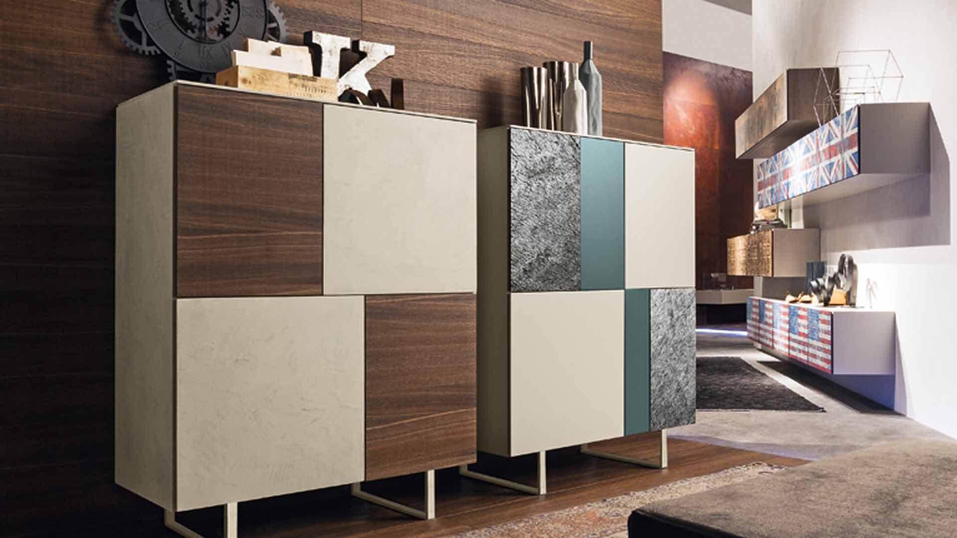Credenza alta / moderna / in metallo / in legno laccato brillante ...