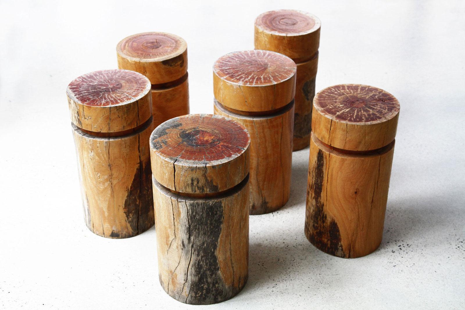 Sgabello design organico in legno log lifespacejourney