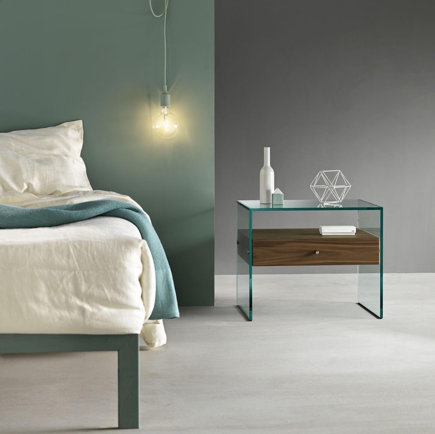 Comodino moderno / in noce / in legno laccato / in vetro - SECRET by ...