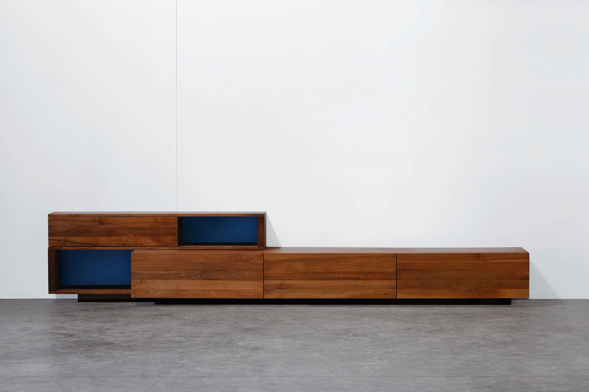 Credenza Moderna Ciliegio : Credenza moderna in quercia noce legno massiccio log