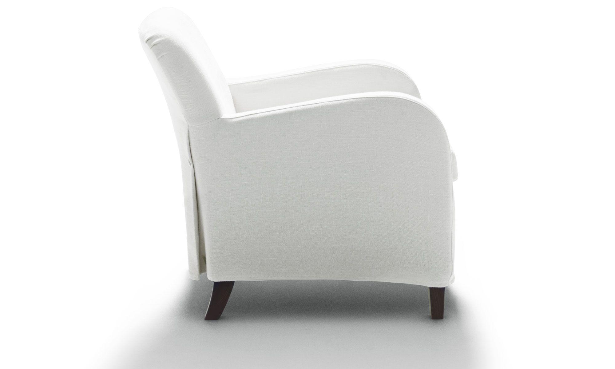 Poltrona moderna in tessuto bianca di vico magistretti