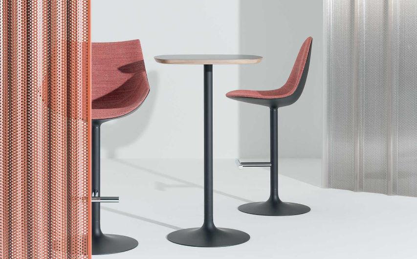 Tavolo alto moderno in quercia in alluminio in laminato